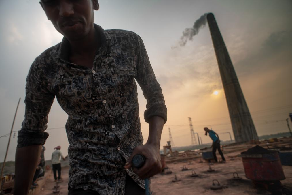 Killing Hope: Dhaka's Brick Kilns Dystopia
