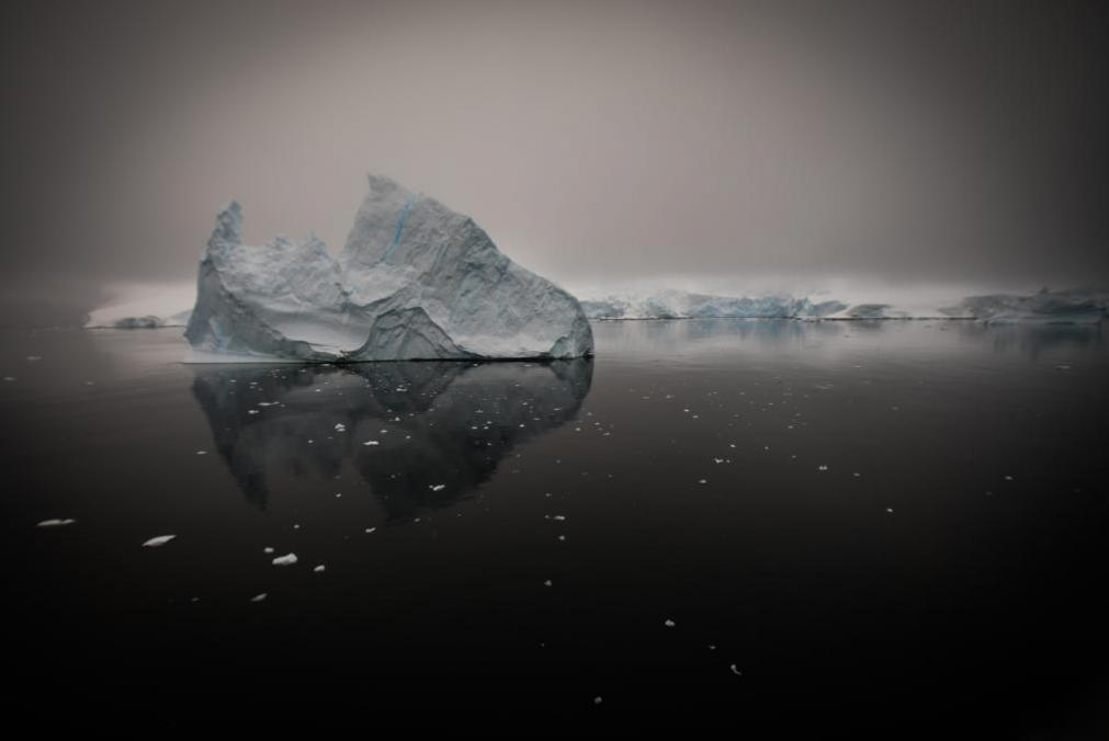 Vital Signs: Climate Change in Antarctic Waters