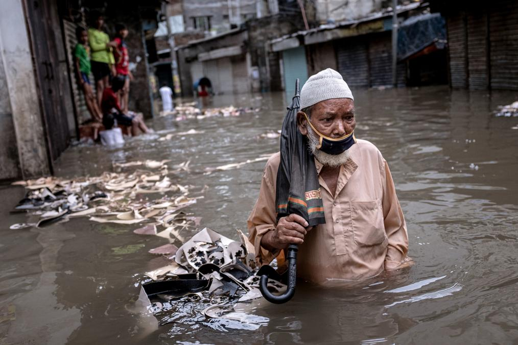 Human suffering due to flooding